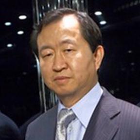 Chou Associates Management Inc. hedge fund activity on BB